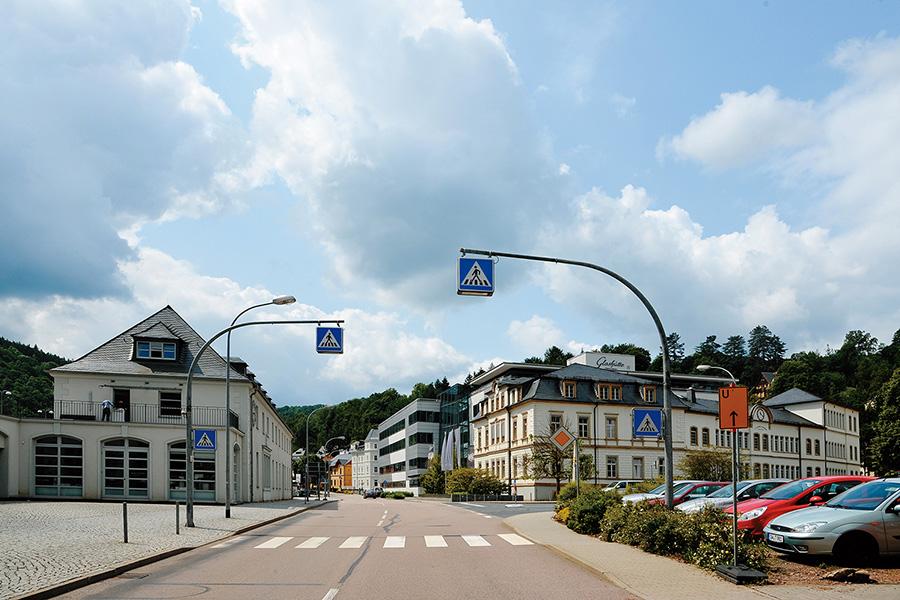 グラスヒュッテ駅前の交差点