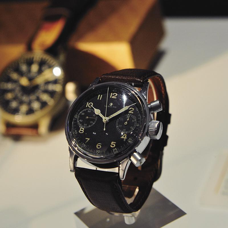 UROFA社の手がけたCal.59を搭載した軍用時計